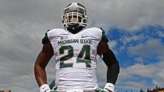 Sep 8, 2012; Mt. Pleasant, MI, USA; Michigan State Spartans running back Le'Veon Bell (24) warms up prior to the game against the Central Michigan Chippewas at Kelly/Shorts Stadium. Mandatory Credit: Andrew Weber-US Presswire