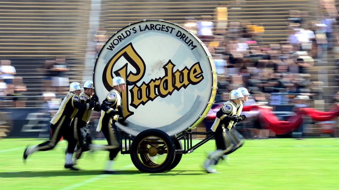 Watch Iowa at Purdue live