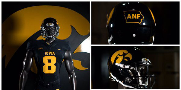 Clothes Call Iowa To Wear All Black Alternate Uniform Vs
