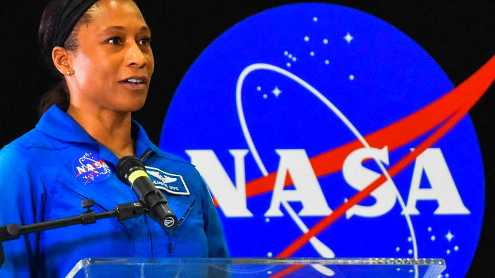 University of mryland grad and astronaut Jeanette Epps speaking before a NASA panel