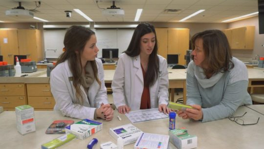 Purdue University pharmacy students and professor Karen Hudmon use the Rx for Change tobacco cessation curriculum