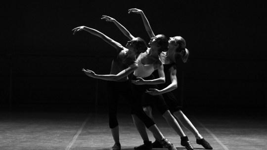 3 Ballet dancers