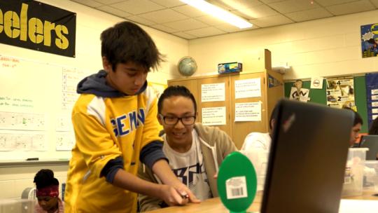 Students complete challenges in Northwestern University's FUSE program.