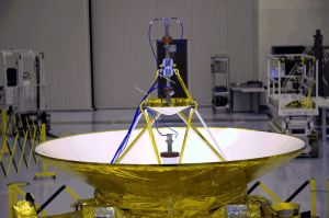 An image of the New Horizon's spacecraft with the Ohio State University designed antenna.