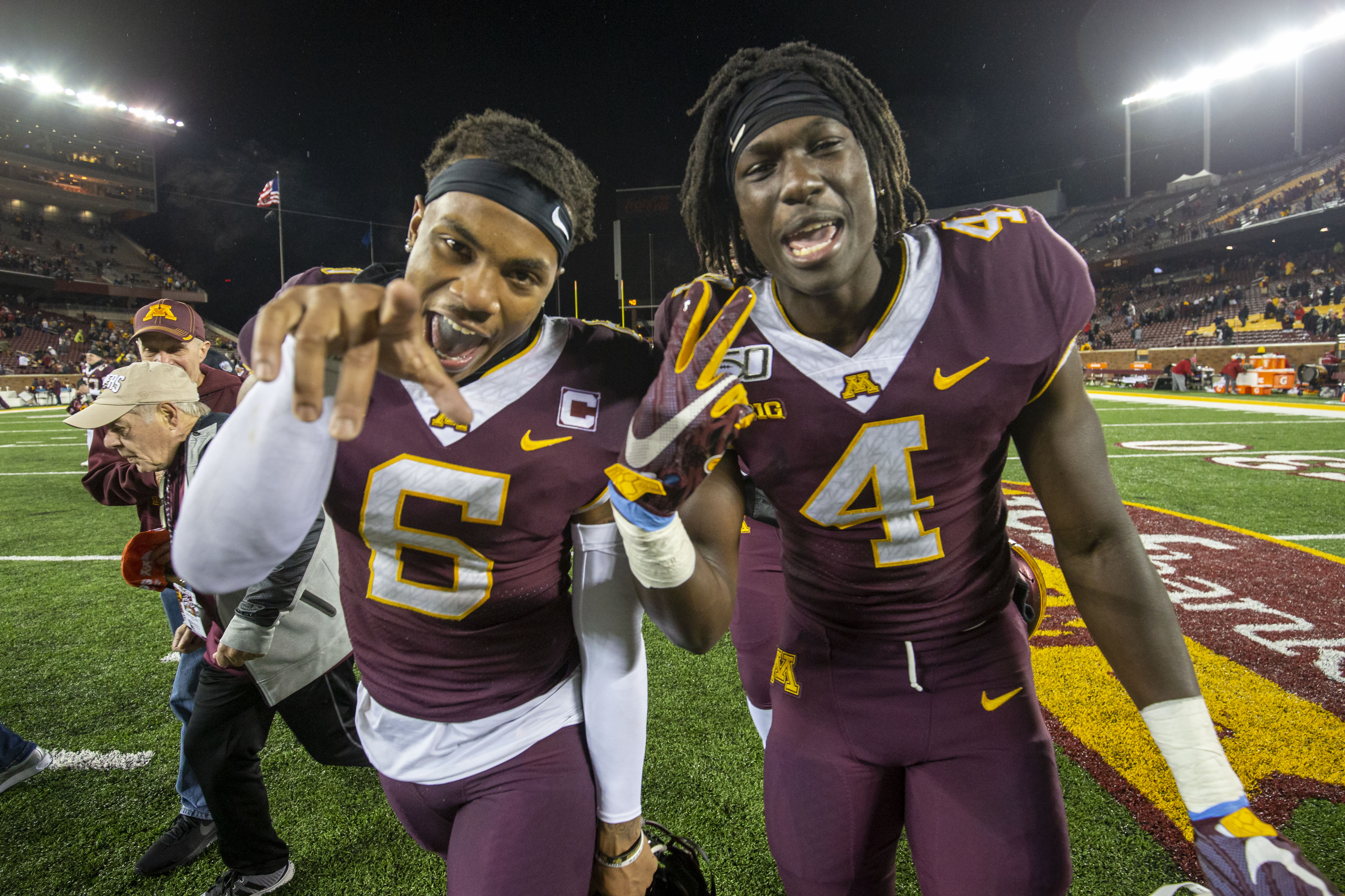 Undefeated Minnesota debuts in latest AP poll